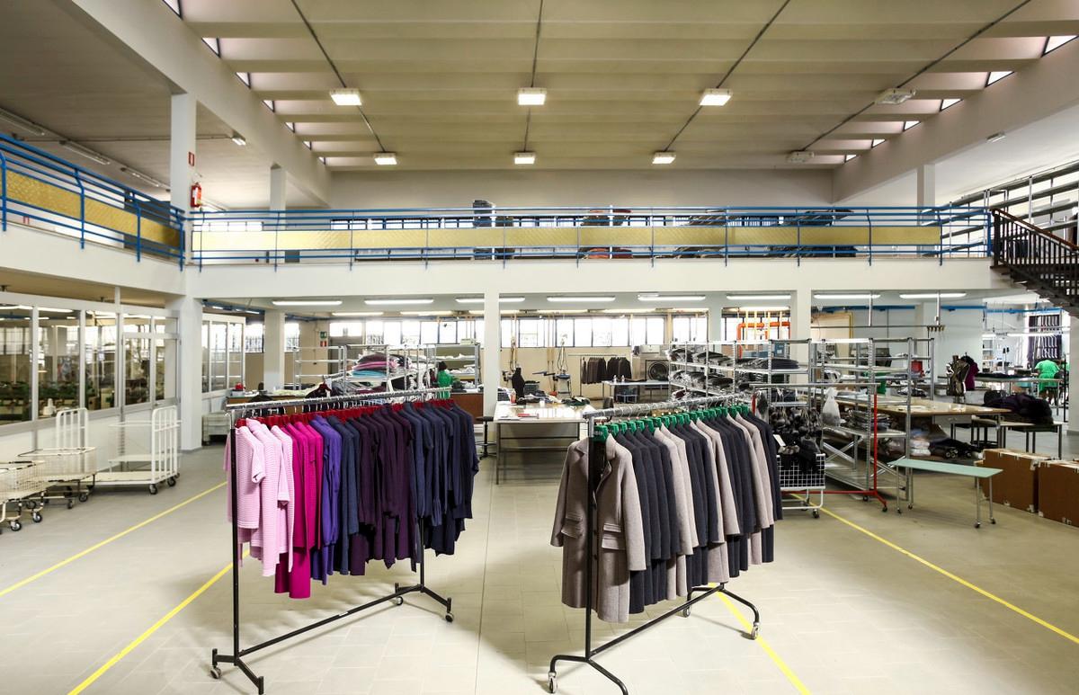 服装公司面临库存成本问题难以为继 服装ERP有何对策