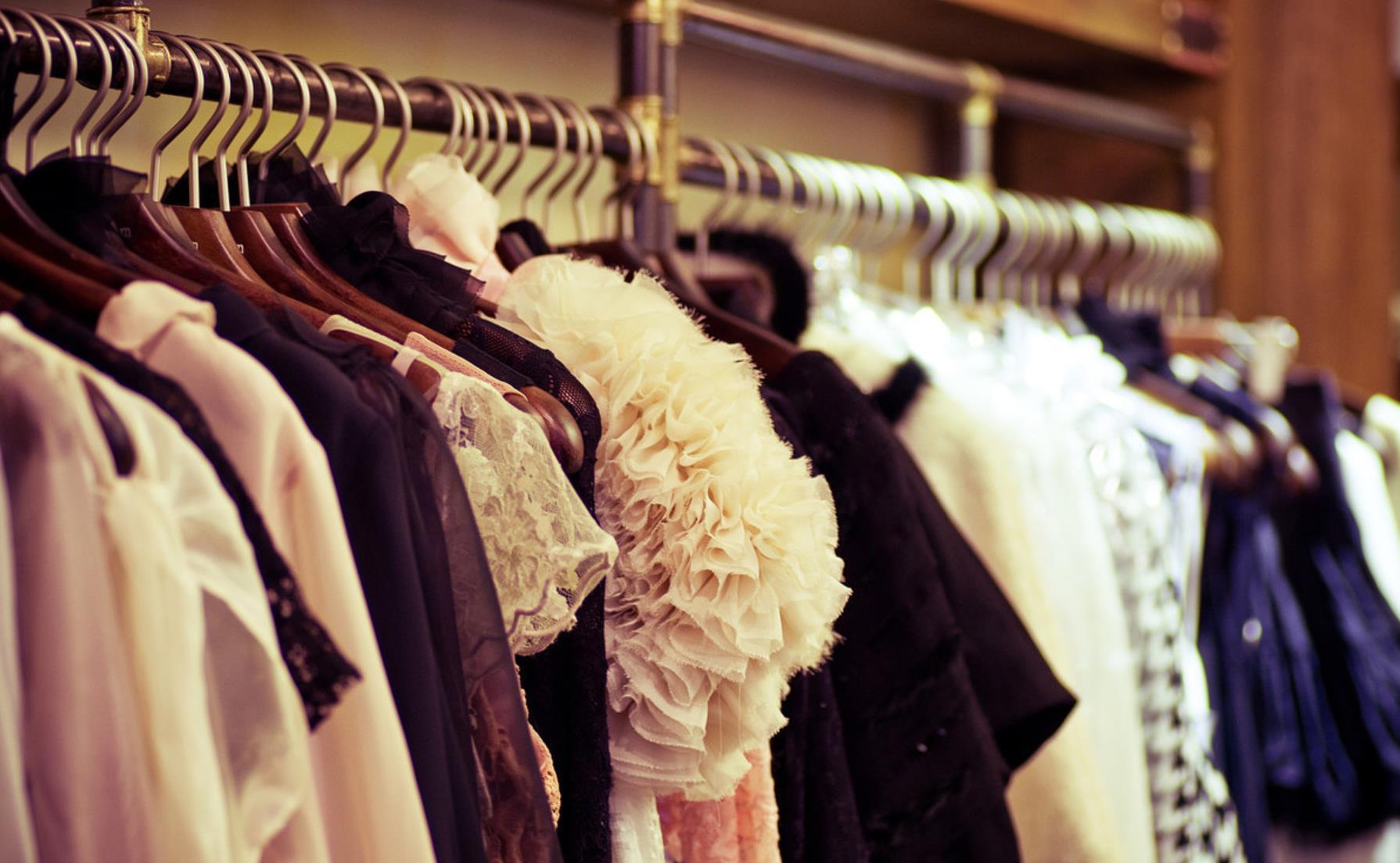 服装品牌要火爆 卖人设、IP营销造势少不了